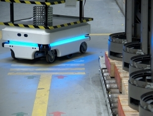 ECONOMIC AUTOMATION OF INTERNAL TRANSPORT USING MiR100 MOBILE ROBOTS